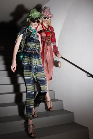 images/cast/10150218290337035=one part of my job on fabric - Resort 2012 -